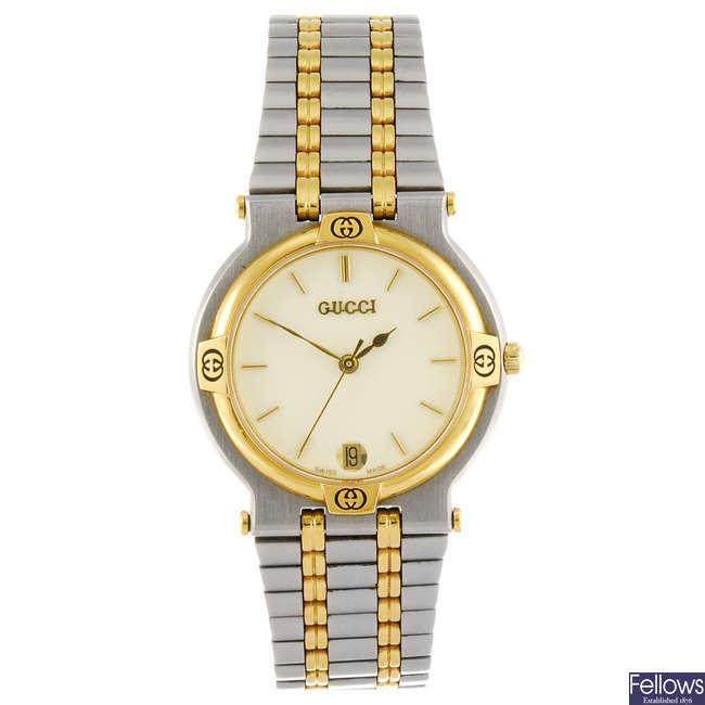 GUCCI - a gentleman's 9000M bracelet watch.