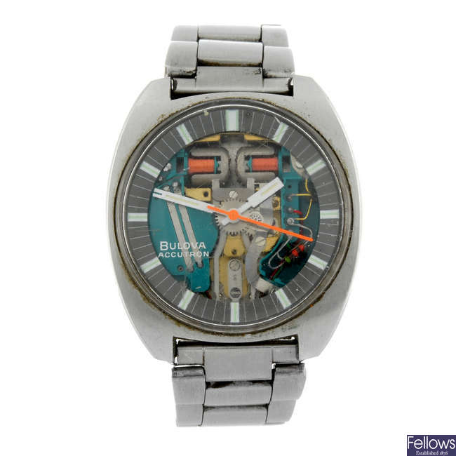 BULOVA - a gentleman's stainless steel Accutron Spaceview bracelet watch.