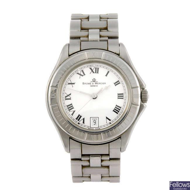 BAUME & MERCIER - a gentleman's Riviera bracelet watch.