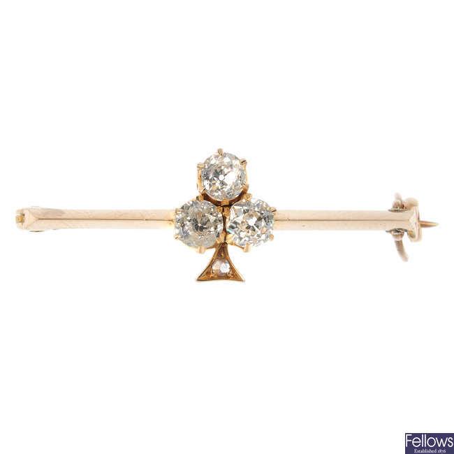 An early 20th century 15ct gold diamond trefoil bar brooch.