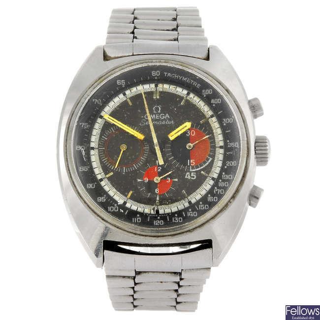 OMEGA - a gentleman's Seamaster chronograph bracelet watch.