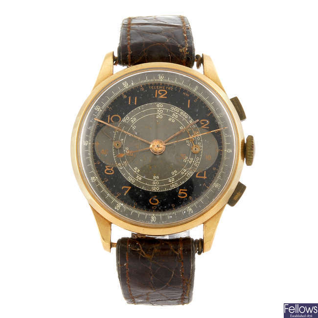 A gentleman's chronograph wrist watch.