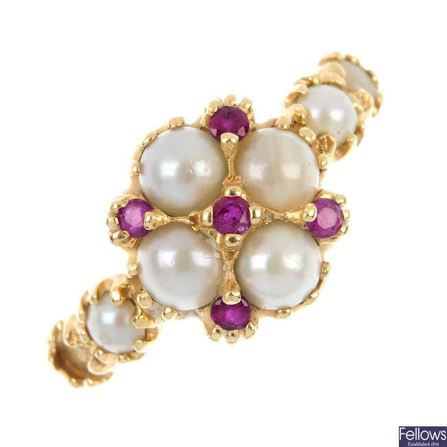 A 14ct gold split pearl and ruby ring.