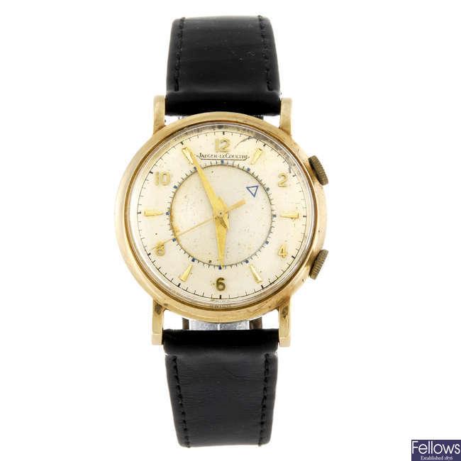 JAEGER-LECOULTRE - a gentleman's Memovox wrist watch.
