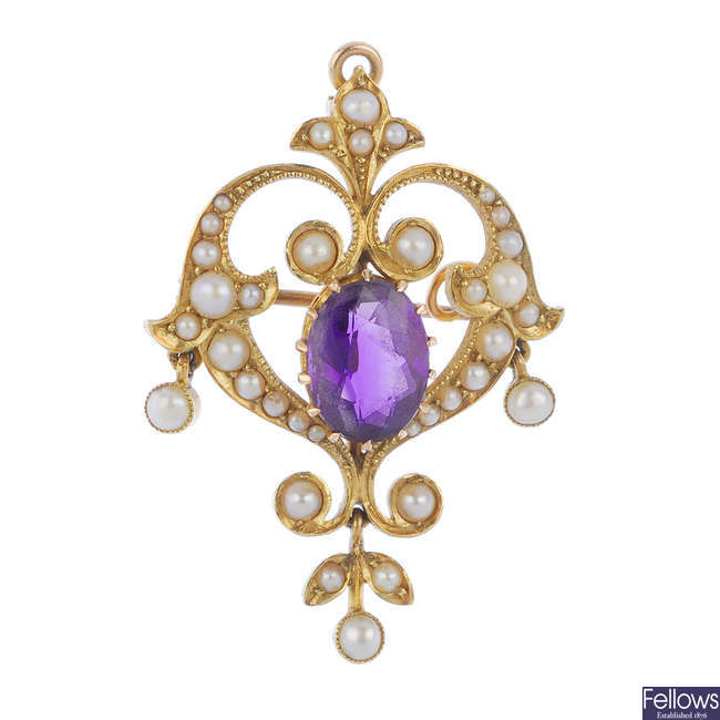 An early 20th century 15ct gold amethyst and split pearl pendant.
