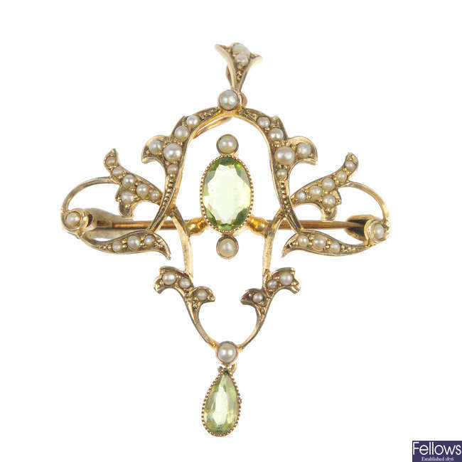 An early 20th century 9ct gold peridot and seed pearl pendant.