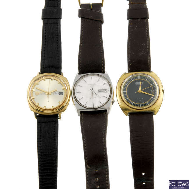 A small group of 8 various Seiko wrist watches and watch heads.