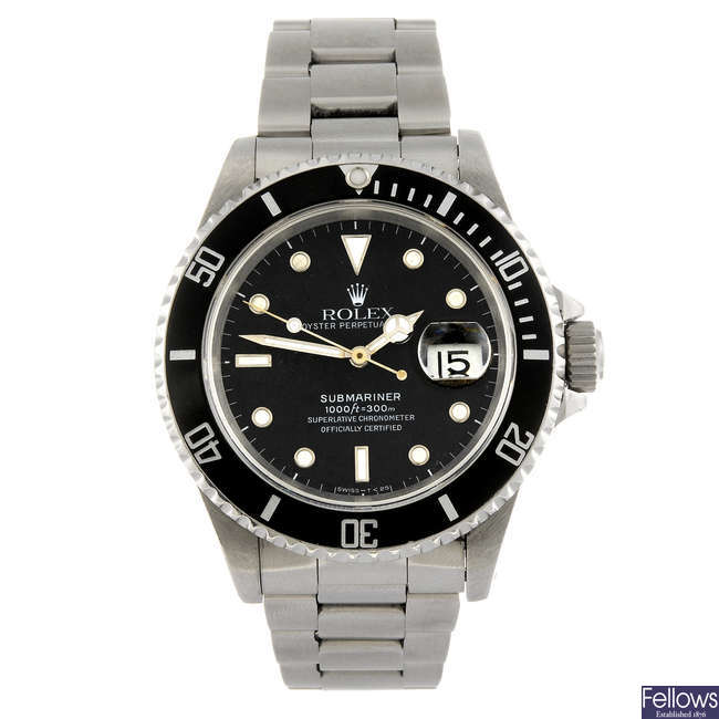 ROLEX - a gentleman's stainless steel Oyster Perpetual Date Submariner bracelet watch.