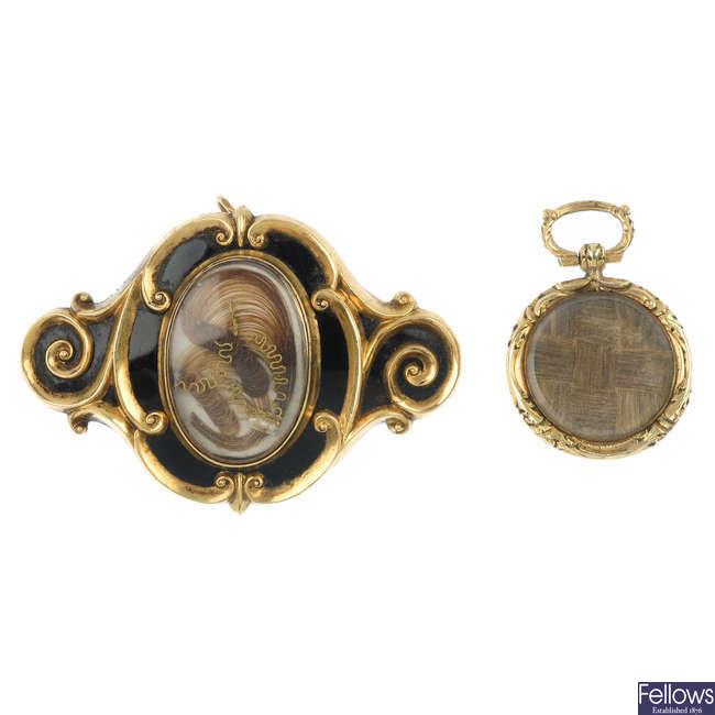 A memorial brooch and locket.