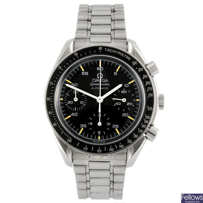 OMEGA - a gentleman's stainless steel Speedmaster chronograph bracelet watch.