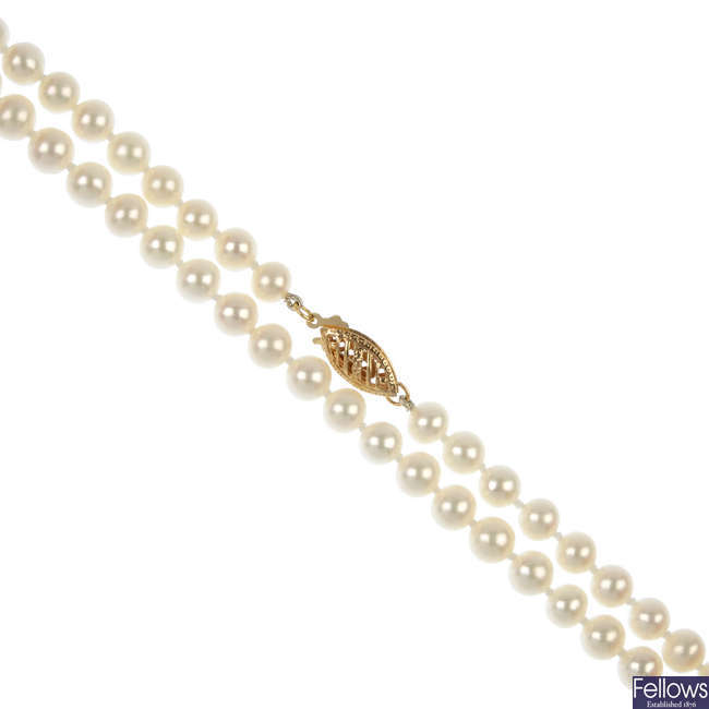 A cultured pearl single-strand necklace.