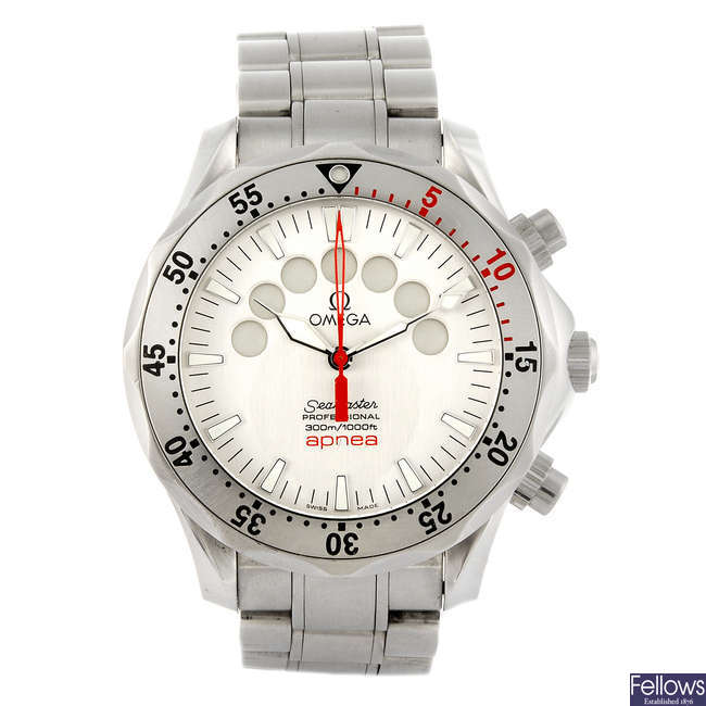 OMEGA - a gentleman's Seamaster Professional 300M Apnea Jacques Mayol chronograph bracelet watch.