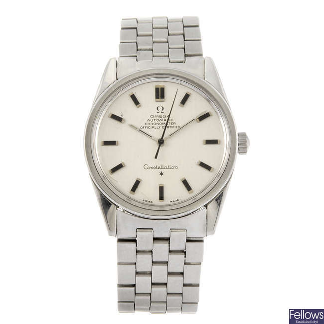 OMEGA - a gentleman's stainless steel Constellation bracelet watch.