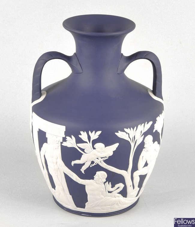 A 20th century Wedgwood 'Portland' vase