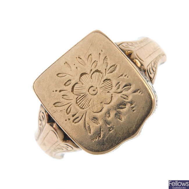A late 19th century 9ct gold memorial ring.