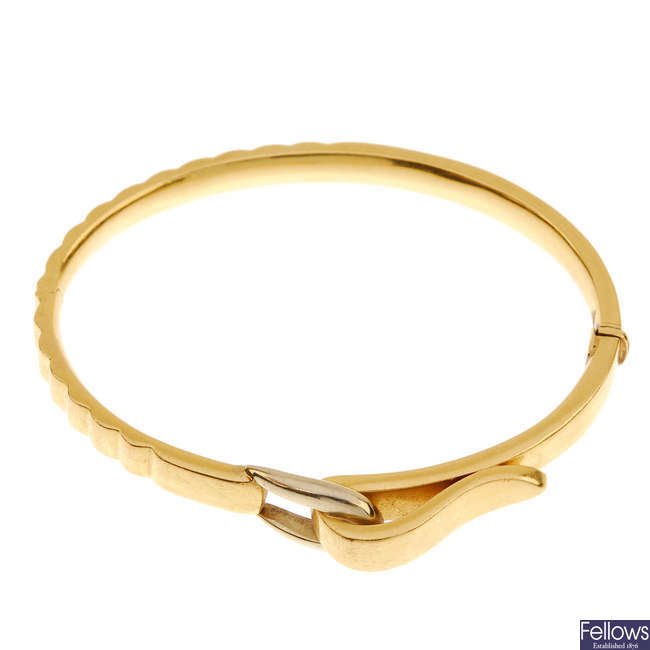 A hinged bangle.