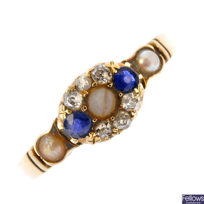 A late Victorian 18ct gold diamond, sapphire and split pearl cluster ring.