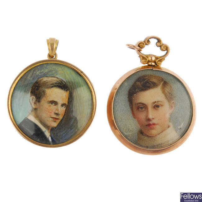 Two early 20th century 9ct gold portrait pendants.