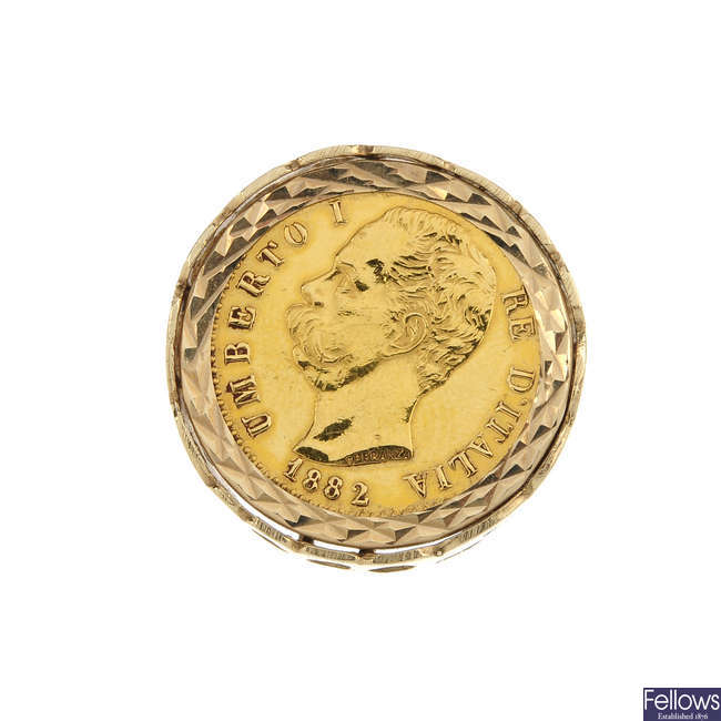 A 9ct gold coin ring.