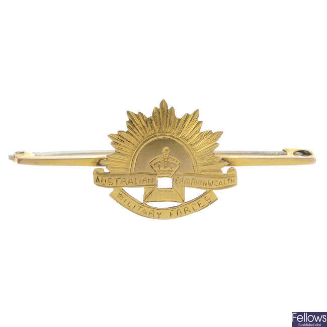 An early 20th century 9ct gold Australian Commonwealth Military Forces brooch.