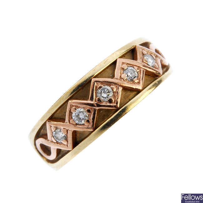 CLOGAU - a 9ct gold diamond bi-colour band ring.