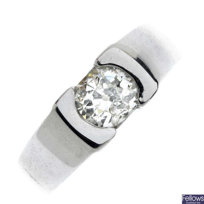 An 18ct gold diamond single-stone diamond ring.