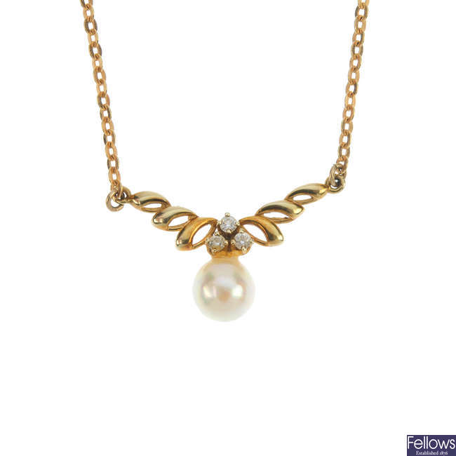A 9ct gold cultured pearl and cubic zirconia necklace.