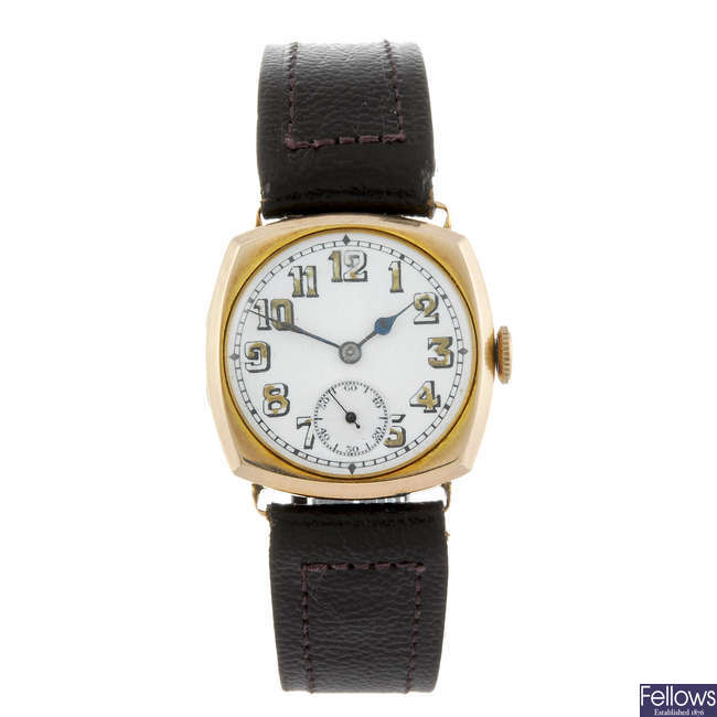 A gentleman's 9ct gold wrist watch.