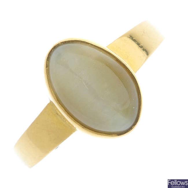 A cat's-eye chrysoberyl ring.
