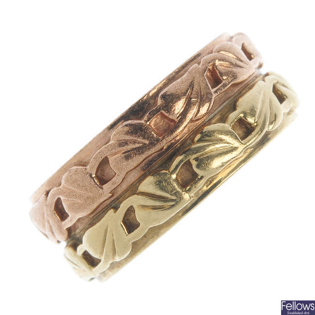 CLOGAU - A 9ct gold 'Cariad' full-circle eternity ring.