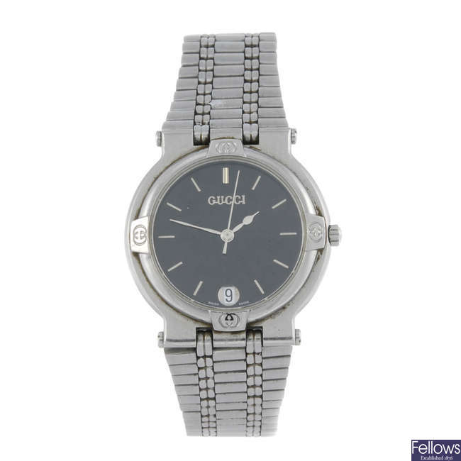 421fc192bb8 GUCCI - a gentleman s stainless steel 9100M bracelet watch.