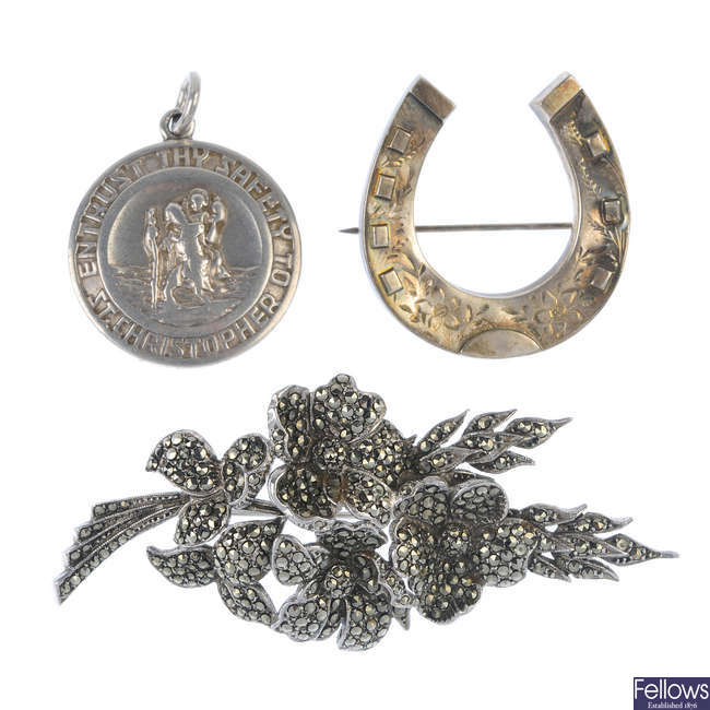 A selection of jewellery.