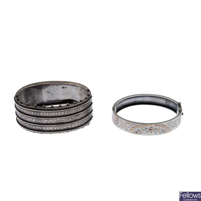 Two late Victorian silver hinged bangles.