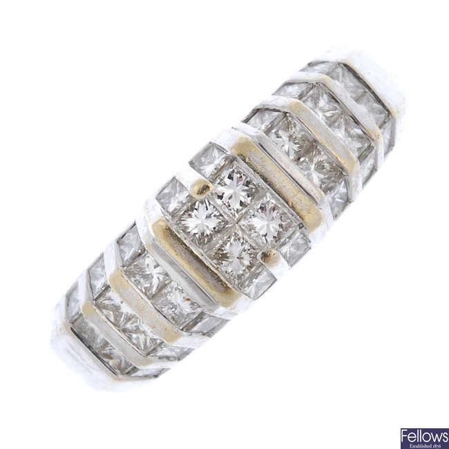 A gentleman's 18ct gold diamond dress ring.