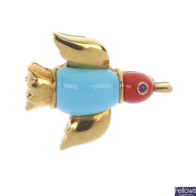 A gem-set novelty brooch.