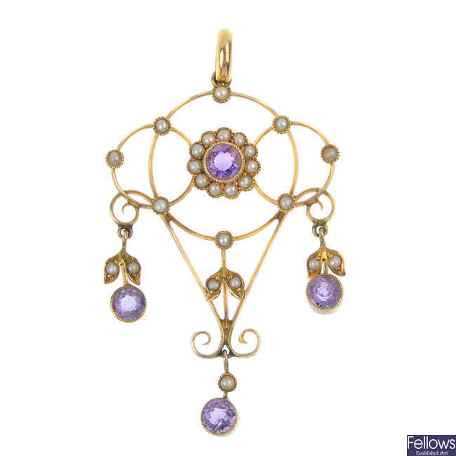 An early 20th century 9ct gold amethyst and split pearl pendant.