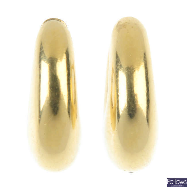 A pair of 18ct gold ear hoops.
