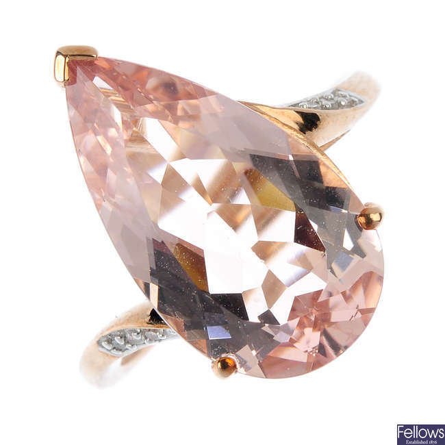 A 9ct gold morganite and diamond ring.