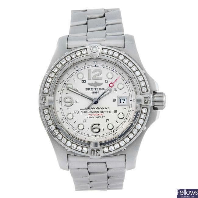 BREITLING - a gentleman's stainless steel Aeromarine Superocean Steelfish bracelet watch.