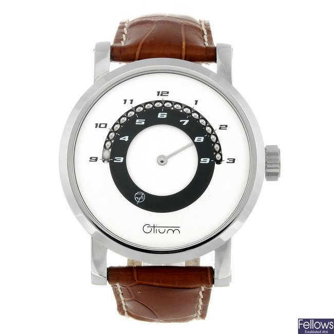 OTIUM - a gentleman's stainless steel 07 wrist watch.