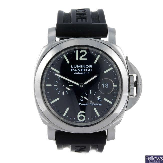 (13437) PANERAI - a gentleman's stainless steel Luminor wrist watch.