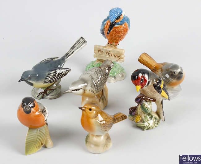 A group of various Beswick birds.