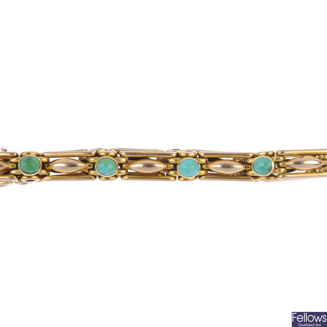 An early 20th century 15ct gold turquoise bracelet.