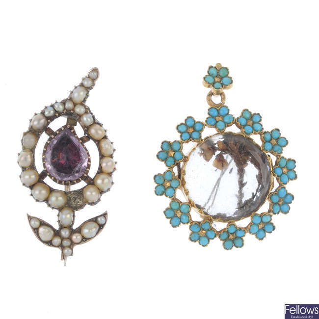 Two early to mid Victorian items of jewellery.
