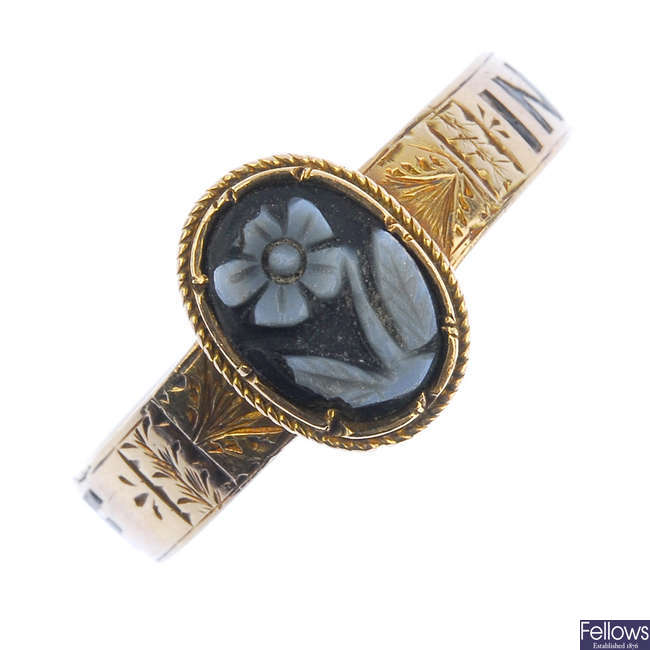 A mid Victorian gold memorial ring.