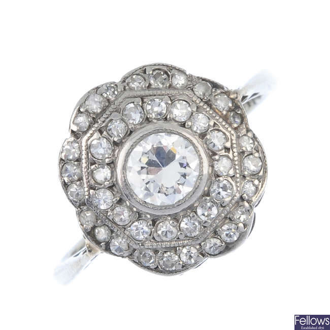 An early 20th century diamond cluster ring.