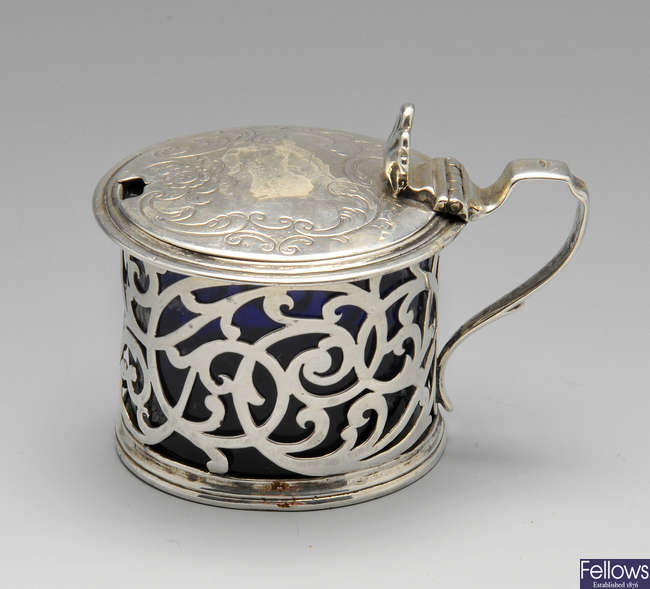 An early Victorian silver mustard pot.