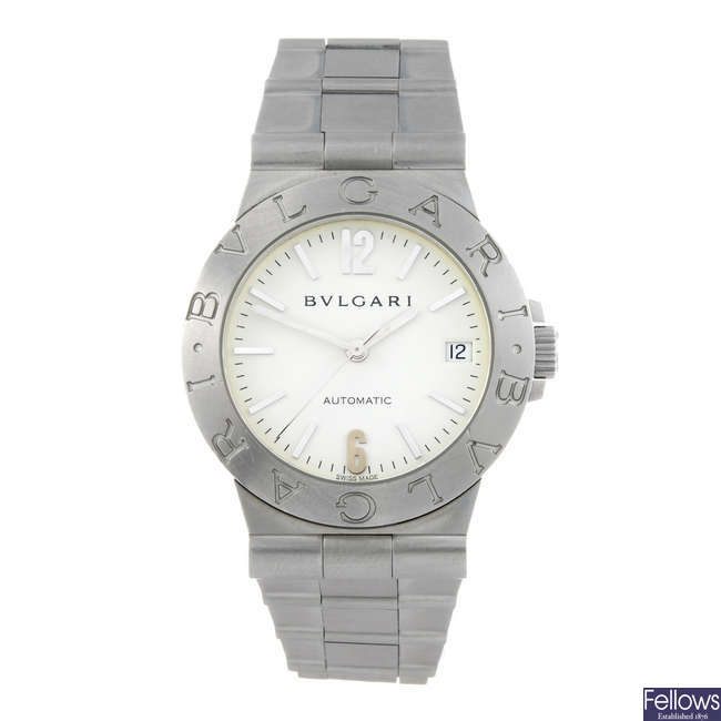BULGARI - a gentleman's stainless steel Diagono bracelet watch.