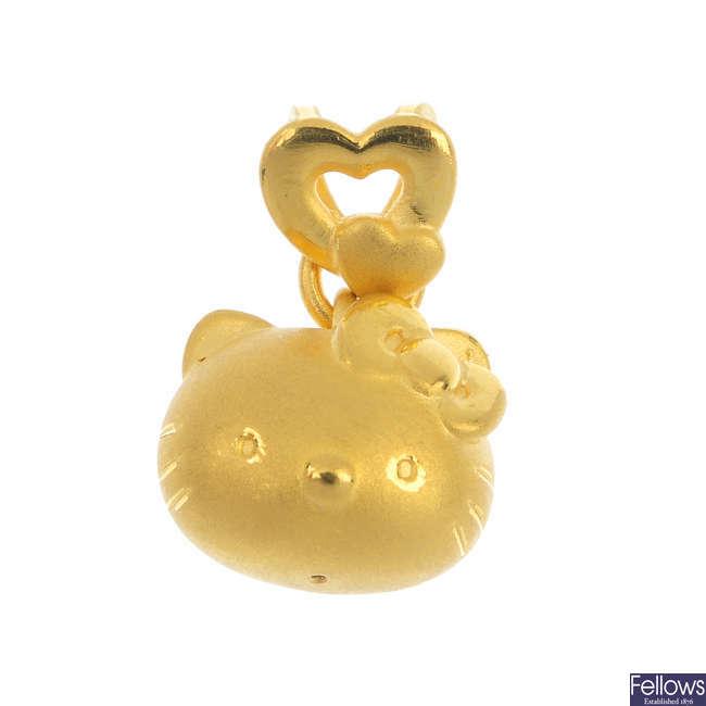 A 'Hello Kitty' pendant.