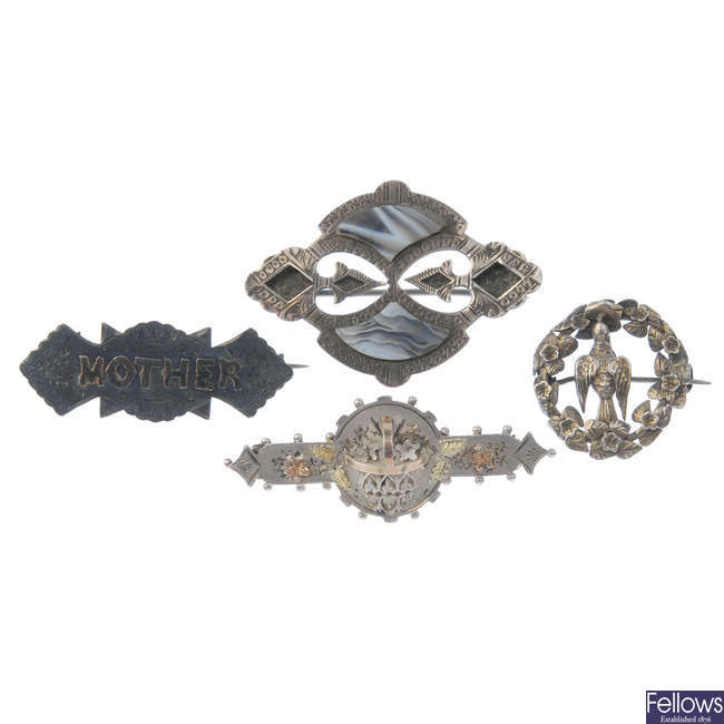 Four late 19th to early 20th century brooches.